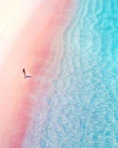 Via Instagram/travelient #natureza #paisagem #praia #férias #paraiso #relax #relaxe #keepcool #emboacompanhia1 #emboacompanhia