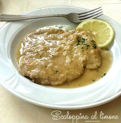 Scaloppine al limone http://blog.giallozafferano.it/graficareincucina/scaloppine-al-limone/