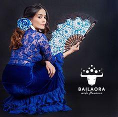 Bailaora Moda Flamenca / Terciopelo  Info y precios: info@bailaora.eu www.bailaora.eu  Flamenco