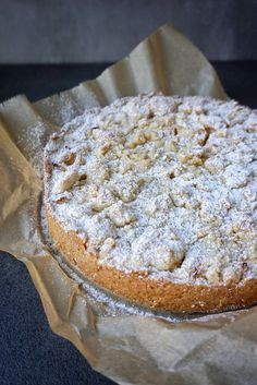 Jonathans Apfelkuchen - Aloha Mrs Z - Jonathans Apfelkuchen – Aloha Mrs Z - Dory, Apple Pie, Camembert Cheese, Cake Recipes, Bakery, Food And Drink, Low Carb, Bread, Cookie Recipes