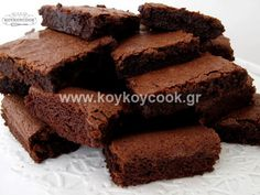 Chewy Chocolate Brownies Recipe by Rida Aftab Vegan Cake, Vegan Desserts, A Food, Food And Drink, Yummy Food, Tasty, Brownie Bar, Chocolate Brownies, Cooking Recipes