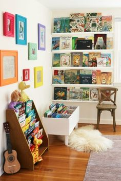 Creative Kids Reading Corner Ideas for the Home. DIY Book Bin and Shelves. Creative Kids Reading Corner Ideas for the Home. Kid's reading pods to inspire imagination and creativity; home reading nooks to provide comfort and rest. Reading Corner Kids, Reading Corners, Reading Nooks, Kids Corner, Nursery Reading, Corner Nook, Art Corner, Ideas Decorar Habitacion, Bookshelves Kids