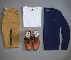 The best time to wear a nice sweater is all the time  Sweater: @poloralphlauren  T-shirt: @nonationality07  Watch: @avi_8 x @shop_wornandwound  Chinos: @nonationality07  Boots: @wolverine