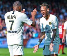 Mbappe Psg, Neymar Pic, Real Madrid, Football Mondial, Boyfriend Pictures, European Football, Arsenal Fc, Lionel Messi, Fernando Torres