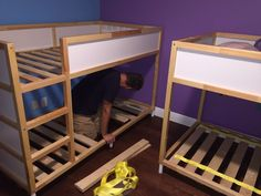 How to hack the IKEA Kura into a bunk bed - Ikea Decor Ikea Bunk Bed Hack, Ikea Kids Bed, Kids Bunk Beds, Kura Hack, Bed Ikea, Bed Legs, Bunk Beds With Stairs, Bunk Bed Designs, Ideas Hogar