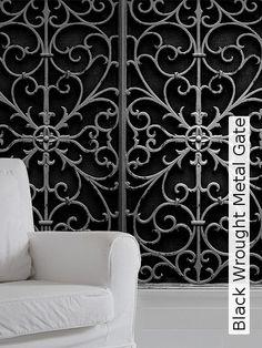 Bild: Tapeten - Black Wrought Metal Gate