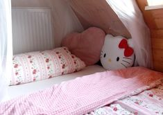 Life's like a box of chocolates Cute Room Ideas, Cute Room Decor, Room Ideas Bedroom, Bedroom Decor, Kawaii Bedroom, Pretty Room, Aesthetic Room Decor, Dream Rooms, Cool Rooms