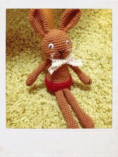 ソーイング:うさぎの編みぐるみ
