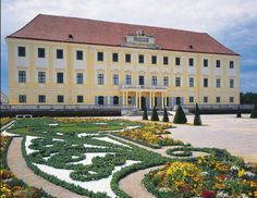 See 4 photos from 69 visitors to Schlosshof. Royal Palace, Family Day, 4 Photos, Php, Day Trips, Vienna, Castles, Places To Go, Things To Do