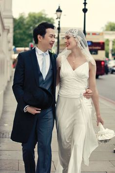 An Ugo Zaldi Wedding Dress for a 1920s and 1930s Inspired Wedding At The Lanesborough Hotel