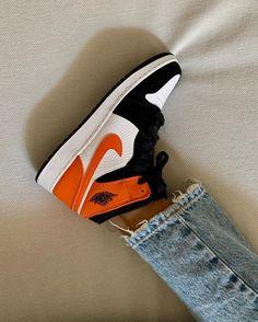 Orange Basketball Shoes Outfit,Jordan Sneakers,Fashion Air Jordan 1 Shoes Air Jordan Sneakers, Sneakers For Sale, Jordans Sneakers, Air Jordans, Orange Basketball Shoes, White Jordans, Swag Shoes, Jordan 1 Retro High, Shattered Backboard