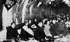 Refugiados de los bombardeos en Madrid. Metro Madrid, Spanish War, South Of Spain, Monochrome, Pictures, Photos, Image, Barrero, Etchings