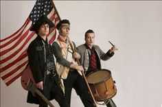 View photos of Green Day from Century Breakdown Era, 2009 - 2011 Emo Bands, Music Bands, Rock Bands, Soft Grunge, 21st Century Breakdown, Green Day Billie Joe, Hello Green, Jason White, American Idiot