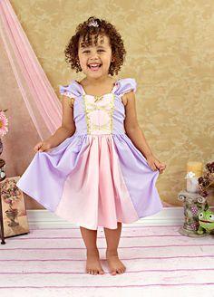 Vestido de princesa RAPUNZEL traje vestido por loverdoversclothing