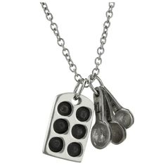 A wearable tribute to your love of all things culinary! Whether you're baking your favorite dessert, or shopping for all of the freshest ingredients, this darling pewter pair will fill you with inspiration.