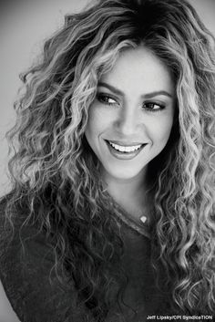 "Shakira: ""Men love confidence more than perfection"""