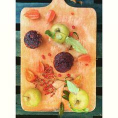 Muffiny  z jabłkiem i glazurą z aronii  #muffiny #muffins #apples #jabłko #maça #apfel #aronia #wypieki #backed #gebäck #pastelaria