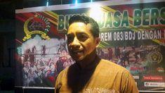 Danrem 083 Tegaskan Masyarakat Harus Waspada Terhadap Bahaya Radikalisme https://malangtoday.net/wp-content/uploads/2018/05/Danrem-083-Baladhika-Jaya-Kol-Inf-Bagus-Suryadi-Tayo-yoga-1.jpg MALANGTODAY.NET – Korem 083 Baladhika Jaya, mempunyai berbagai langkah untuk mengantisipasi agar gerakan radikalisme tumbuh dan berkembang di masyarakat. Komandan Korem 083 Baladhika Jaya, Kolonel Inf Bagus Suryadi Tayo mengatakan, langkah tersebut yakni dengan mendekatkan diri kepada.