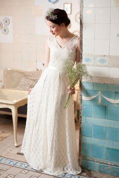 """bodenlanges Brautkleid """"Schneewittchen"""" von Ave evA auf DaWanda.com"""