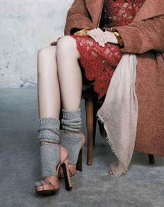 Socks and Heels sandals, chaussures sandales et chaussettes