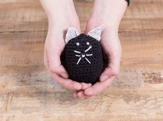 DIY-Anleitung: Amigurumi-Katze für Anfänger häkeln / tutorial: crocheting amigurumi cat via DaWanda.com
