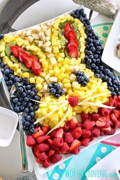 Cute and yummy for Easter brunch! (Baking Pasta Crockpot) Cute and yummy for Easter brunch! Desserts Sains, Easter Appetizers, Brunch Appetizers, Brunch Food, Brunch Party, Appetizers For Kids, Brunch Buffet, Veggie Tray, Easter Treats