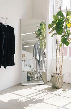 The Dreslyn // Shaina Mote Studio Space