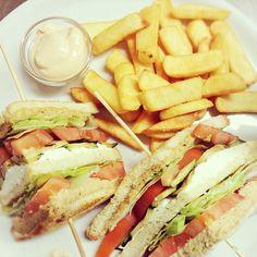 Una domenica sera #golosa #clubsandwich #galletto #fantasia #gardatrentino