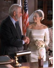 While Her Costar Bride Bridgette Wilson Sampras Playing Fran Donolly Was Beautiful In Vera Wang The 2001 Rom Com Mary Fiore Jennifer Lopez