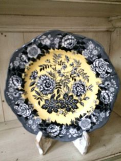 """SPODE ARCHIVE COLLECTION JASMINE 9""""  PLATE YELLOW & BLACK TRANSFERWARE PERFECT!"""