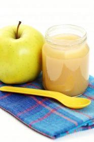 Banánové pyré | Maminkám.cz Healthy Recipes, Healthy Food, Pear, Food And Drink, Candles, Fruit, Drinks, Health Recipes, Health Foods