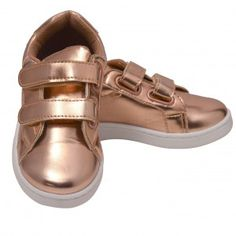 Anne Marie Girls Gold Patent Double Hook-And-Loop Strap Sneakers Kids Casual Chic, Casual Wear, Glitter Stars, Comfortable Sneakers, Legs, 4 Kids, Sandals, Grey, How To Wear