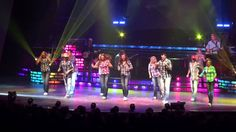 FANTASTIC SHOW Carolina Opry - Good Vibrations Performance by All That