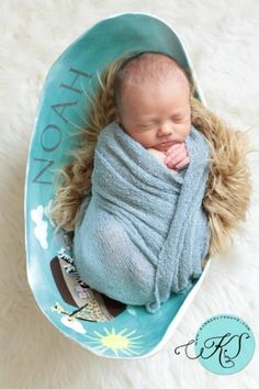 Baby in belly bowl (belly cast)  cute idea! Wish I would have made belly bowls with my girls!
