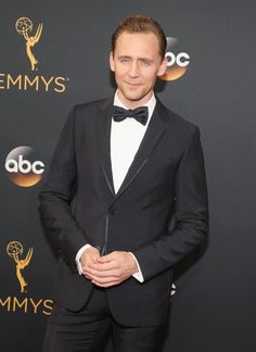 Tom Hiddleston at the 2016 Emmys   POPSUGAR Celebrity UK