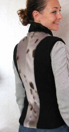 Vest med sælskindsryg Skins Clothing, Skin Craft, Fake Fur, Refashion, Python, Biscuit, Ranger, Sewing Projects, Hobbies