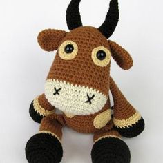 Bull Boris amigurumi pattern by DioneDesign