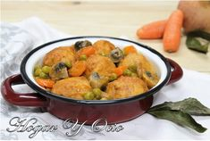 Las albóndigas de pollo son uno de esos platos que, nos los pongan cuando nos los pongan ¡siempre vienen bien! MI TALLER DE COCINA nos cuenta la receta.