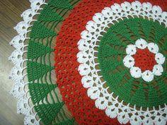 Patrón gratuito Crochet Falda de Navidad | Modelo del árbol de navidad tapete ~ Patrones Gratis ganchillo: