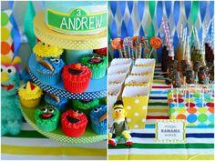 The TomKat Studio: {Sweet Customers} Sesame Street Birthday Party! Seasame Street Party, Sesame Street Birthday, Elmo Birthday, 2nd Birthday Parties, Birthday Ideas, Happy Birthday, Kid Parties, Birthday Stuff, Themed Parties