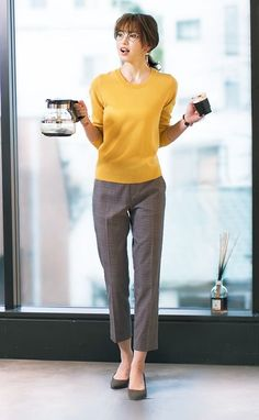 business attire for women Business Casual Attire, Professional Attire, Office Attire, Business Outfits, Office Outfits, Business Fashion, Chic Outfits, Fashion Outfits, Office Wear