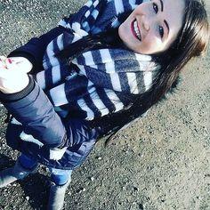 「 Nimmt der alten bloß den Selfie Stick weg  #tagesausflug#Orangerie#kassel#selfiestick#mit#den#mädels#und#johnny#hochdiehändewochenende 」