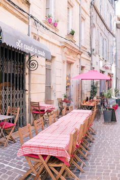 Gal Meets Glam Venasque & Avignon, Provence