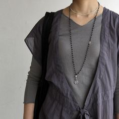I love layers, and yet this looks so simple and easy going.