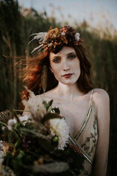 Moody bridal make-up and floral headpiece | Allison Markova Photography