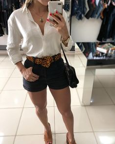 Swans Style is the top online fashion store for women. Cute Fashion, Trendy Fashion, Girl Fashion, Womens Fashion, Trendy Style, Summer Work Outfits, Summer Ootd, Lawyer Fashion, Look Con Short