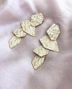 The prettiest of earrings ✨