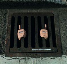 Amnesty International - Wrong opinion guerilla marketing