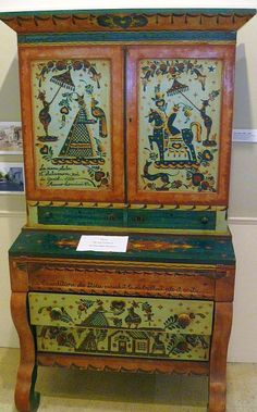 Peter Hunt Chest in the Pilgrim Monument Museum, Provincetown, MA.