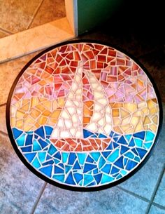 Jay's Mosaics of Bristol~ Boat patio table Mosaic Stepping Stones, Stone Mosaic, Mosaic Glass, Mosaic Tile Table, Mosaic Tile Art, Mosaic Art Projects, Stained Glass Projects, Mosaic Ideas, Tile Crafts